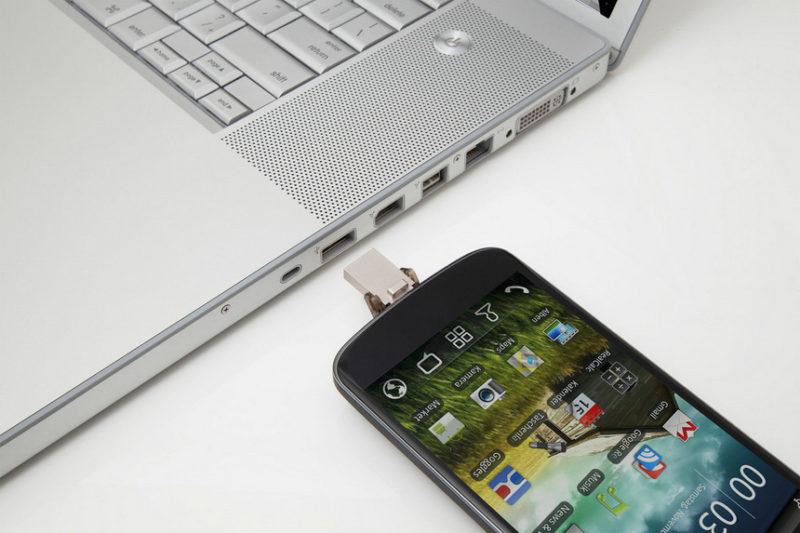 Зарядка смартфона от ноутбука