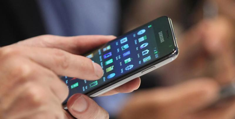 Блокировка контактов на телефоне