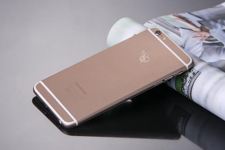 Смартфон, похожий на айфон