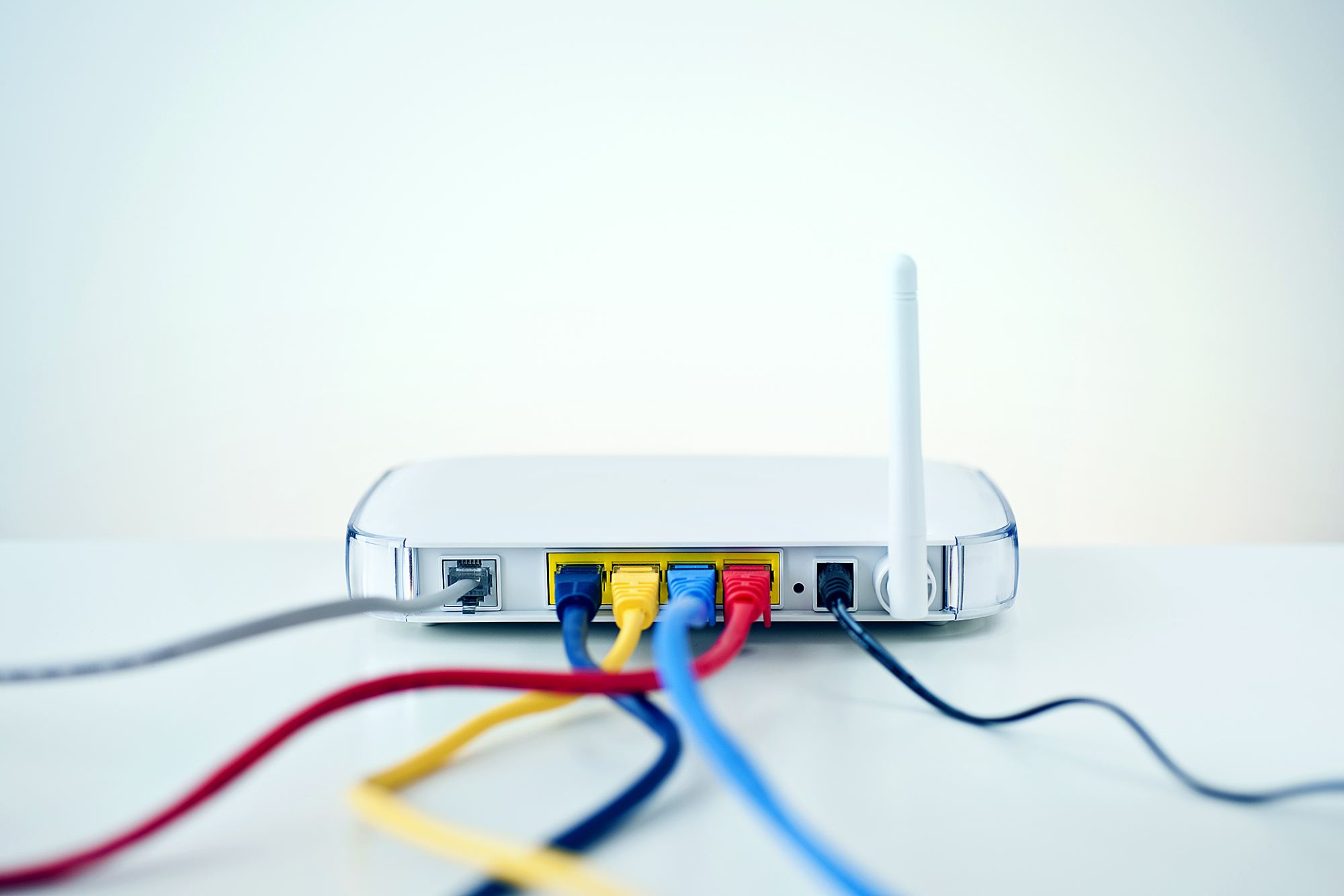 Скрытые функции Wi-Fi роутера, которые улучшат его работу
