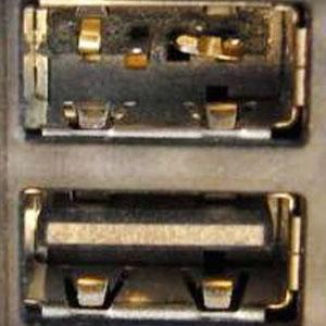 Раздолбанный USB-порт